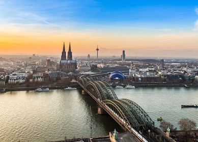 Mittellandkanal- & Rhein-River-Tour in Deutschland