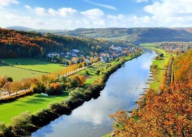 Weserlandschaft in Deutschland | 'In die Fussstapfen Theodor Fontanes treten