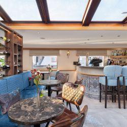 Renovation upper-deck finished