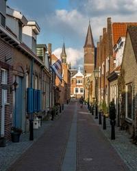 Tholen street