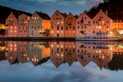 Riedenburg by night