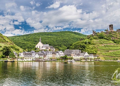Golden moment's on Moselle & Saar in Germany